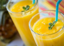 smoothie z ananasem