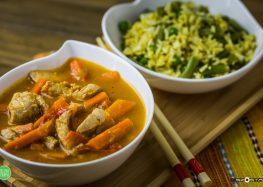 orientalny ryż z kurczakiem