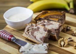 ciasto bananowe z dipem orzechowym